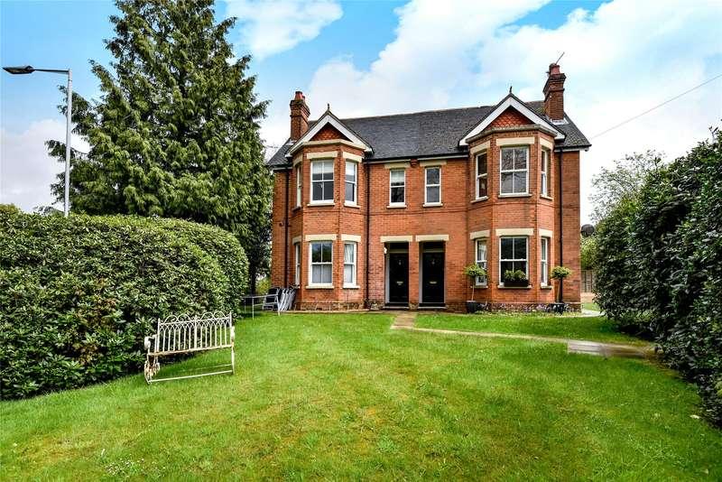 1 Bedroom Apartment Flat for sale in The Pines, Upper Broadmoor Road, Crowthorne, Berkshire, RG45