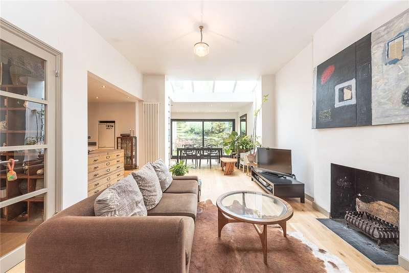 3 Bedrooms Flat for sale in Woodland Gardens, London, N10