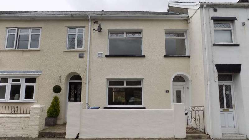 2 Bedrooms Terraced House for sale in Bryn Villas, Blaina, NP13 3DL