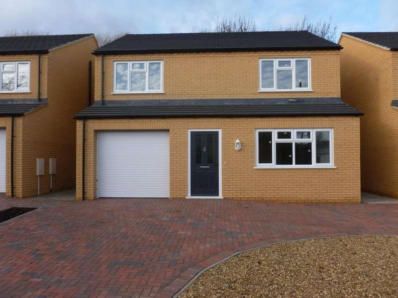4 Bedrooms Detached House for sale in Dock Road, Chatteris