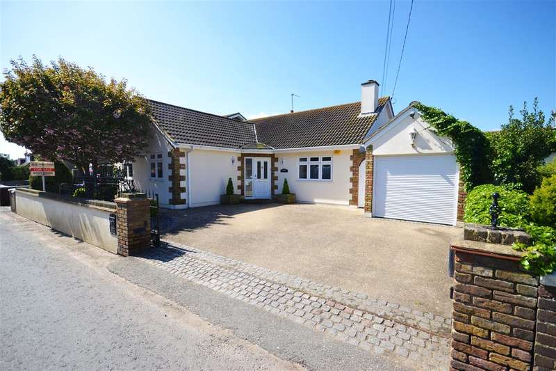 4 Bedrooms Detached House for sale in The Meadows Princess Margaret Road, East Tilbury Village