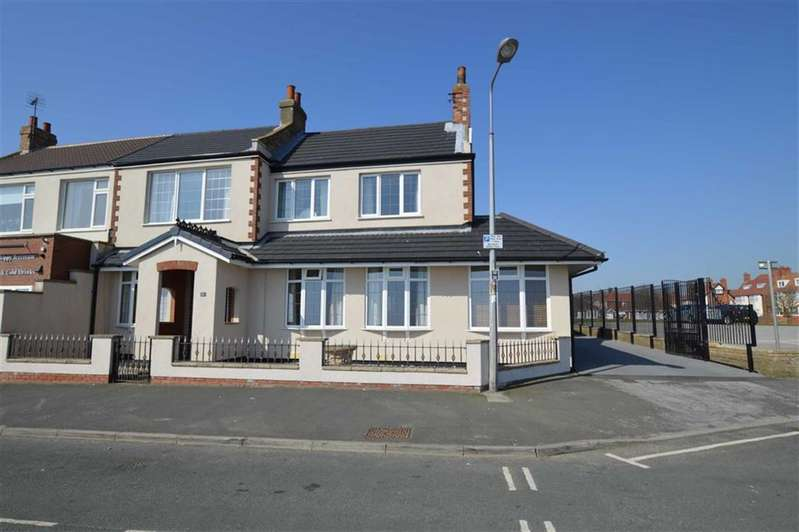 4 Bedrooms Semi Detached House for sale in Marine Drive, Hornsea, East Yorkshire