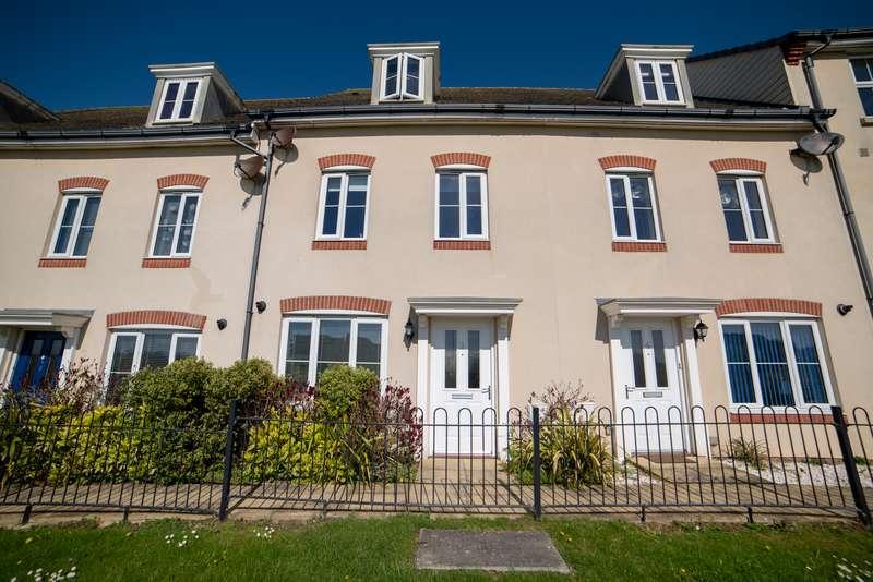 4 Bedrooms Property for sale in Groombridge Walk, Eastbourne, BN22