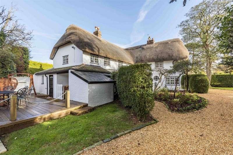 5 Bedrooms Detached House for sale in Burton, CHRISTCHURCH, Dorset