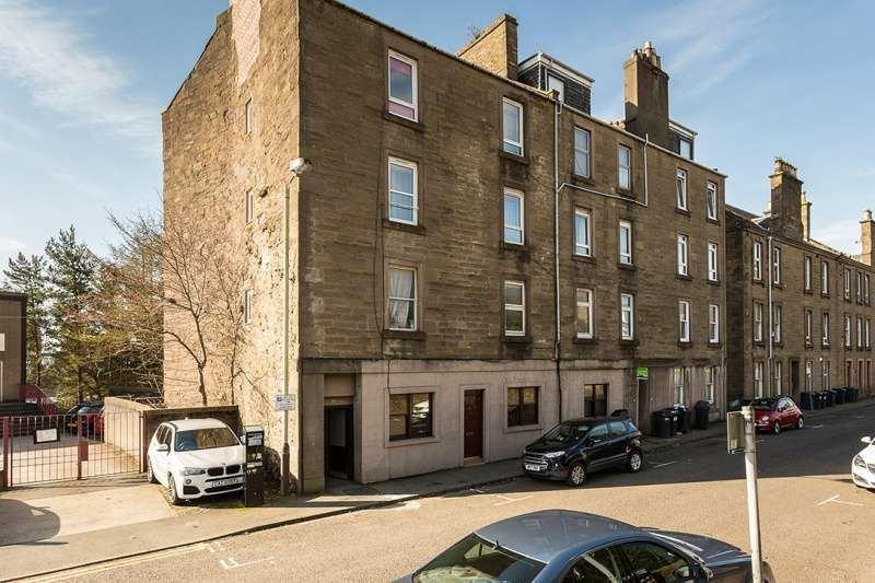 2 Bedrooms Flat for sale in Dudhope Street, Dundee, Angus, DD1 1JT