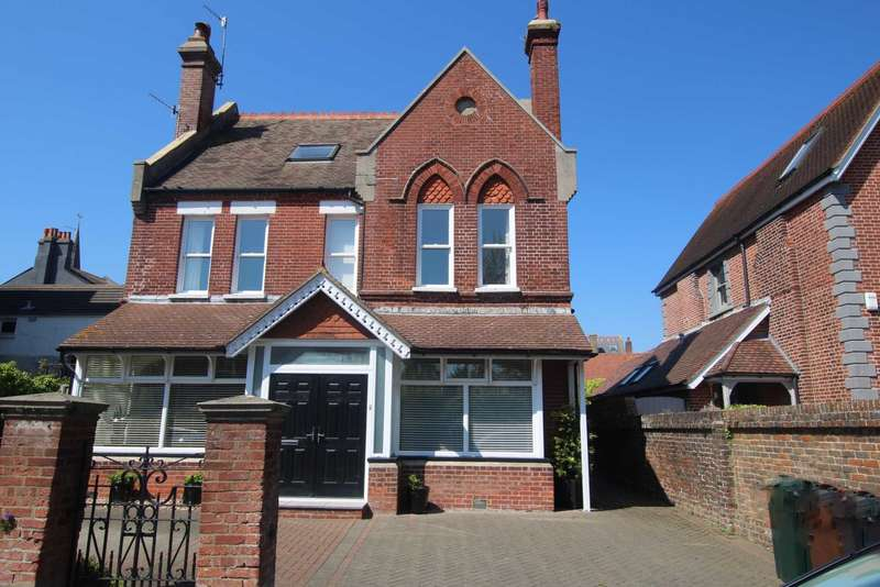 6 Bedrooms Detached House for sale in Furness Road, Eastbourne, BN21 4EY