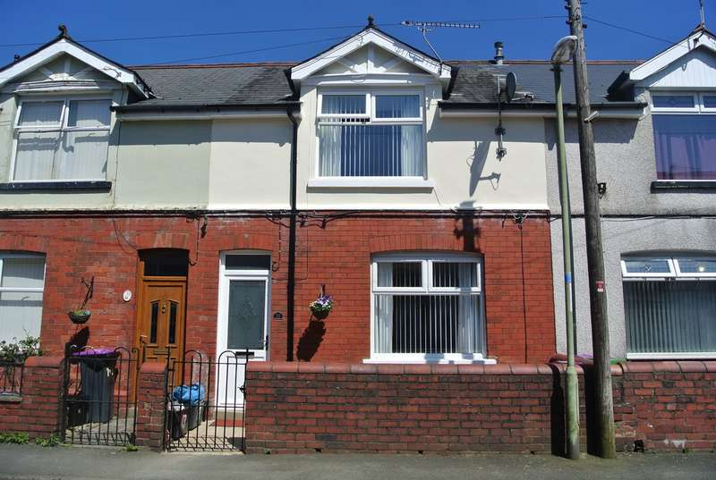 3 Bedrooms Terraced House for sale in Commercial Close, Talywain, Pontypool, NP4