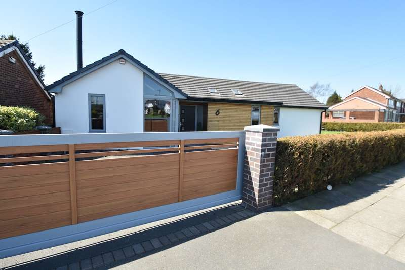 3 Bedrooms Detached Bungalow for sale in Kennedy Drive, Unsworth, Bury, BL9