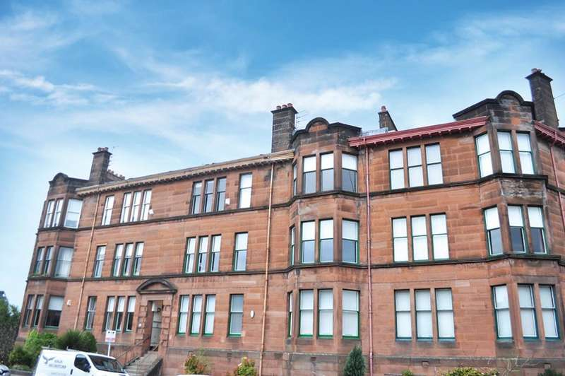 4 Bedrooms Flat for sale in Flat 2/1 24 Darnley Gardens, Pollokshields, G41 4NG
