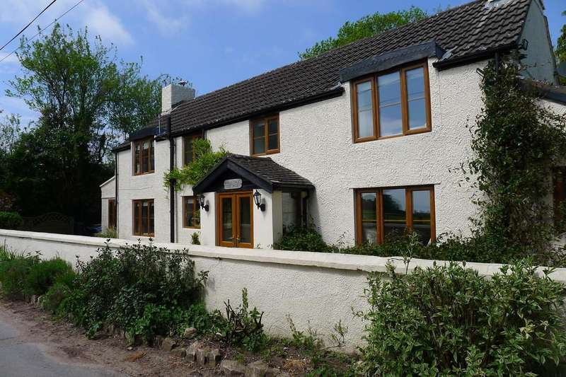 4 Bedrooms Cottage House for sale in High Woolaston, Woolaston