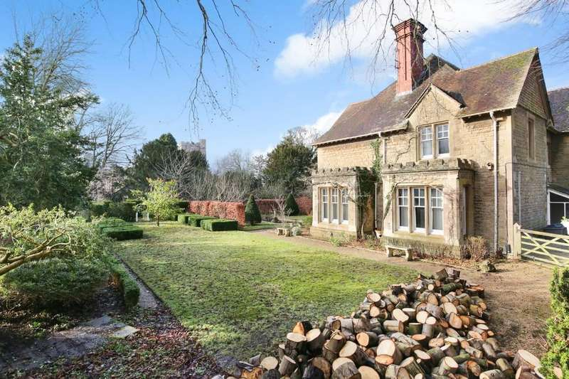 4 Bedrooms Semi Detached House for sale in Westbury, Wiltshire