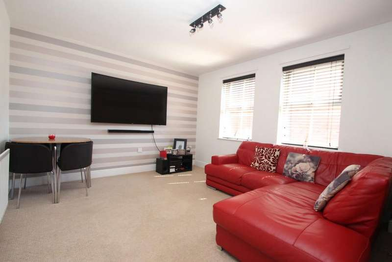 2 Bedrooms Flat for sale in Sandringham Court, Chester Le Street