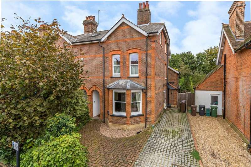 5 Bedrooms Detached House for rent in Tennyson Road, Harpenden, Hertfordshire