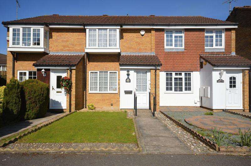 2 Bedrooms Terraced House for sale in Tennyson Avenue, Houghton Regis