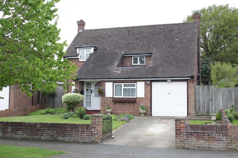 3 Bedrooms Detached House for sale in Walker Road, Maidenhead