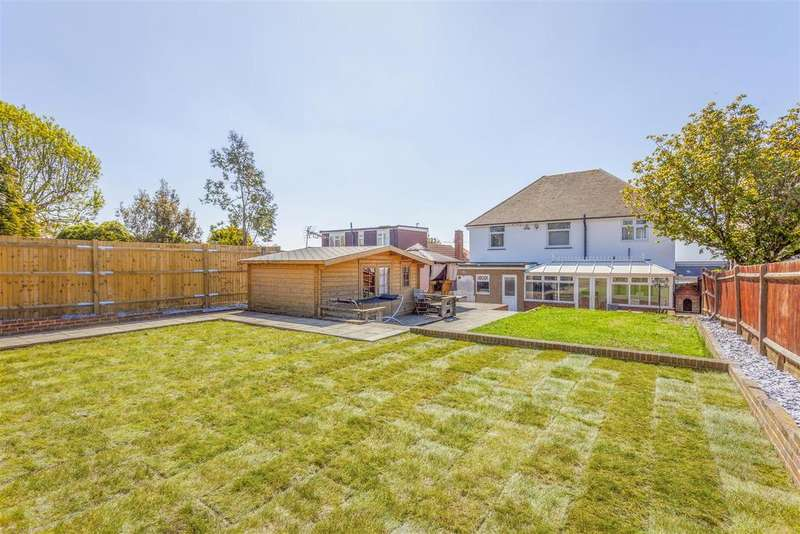 6 Bedrooms Detached House for sale in Benfield Area, Brighton