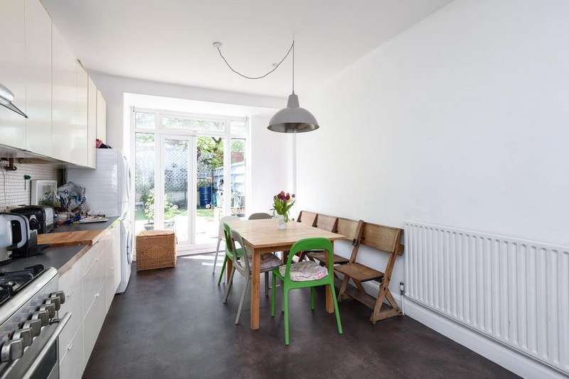 3 Bedrooms Terraced House for sale in Dassett Road, West Norwood