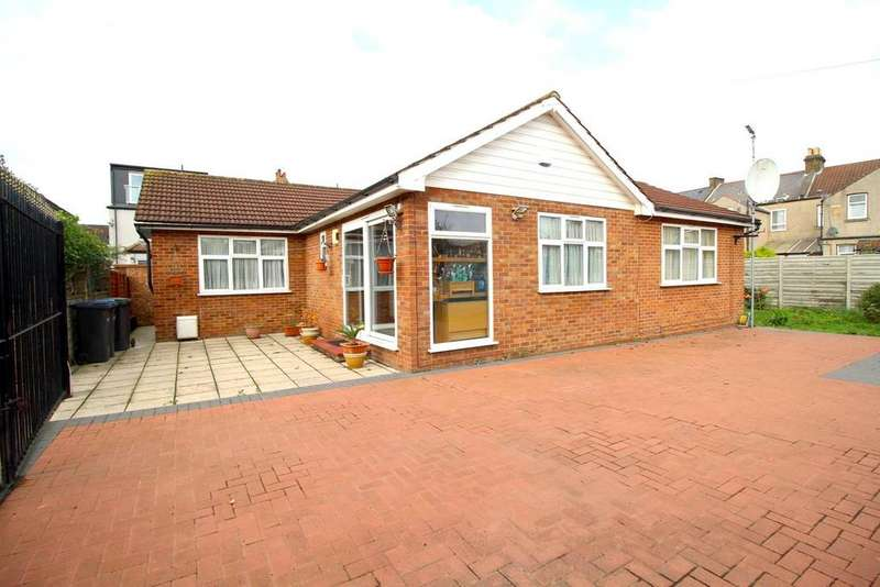 2 Bedrooms Detached Bungalow for sale in Moss Close, Edmonton, N9