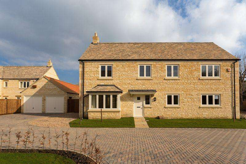 5 Bedrooms Detached House for sale in Glinton