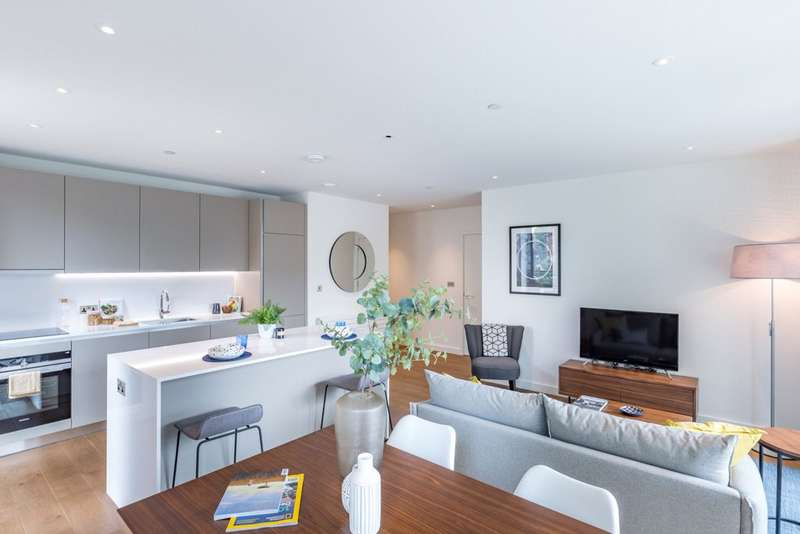 2 Bedrooms Flat for rent in Exhibition Way Wembley