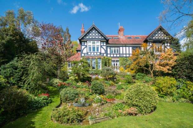 8 Bedrooms Semi Detached House for sale in Langham Road, Bowdon