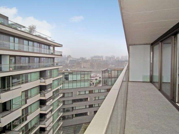 3 Bedrooms Apartment Flat for sale in Tudor House, Duchess Walk, London, SE1