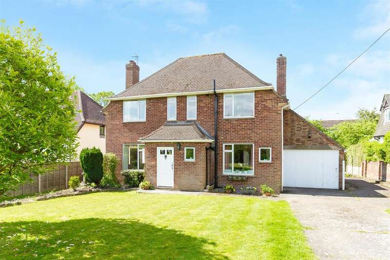 4 Bedrooms Detached House for sale in Whitepit Lane, Flackwell Heath