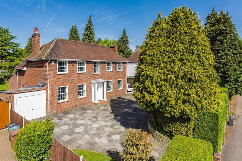 4 Bedrooms Detached House for sale in Brighton Road, Banstead