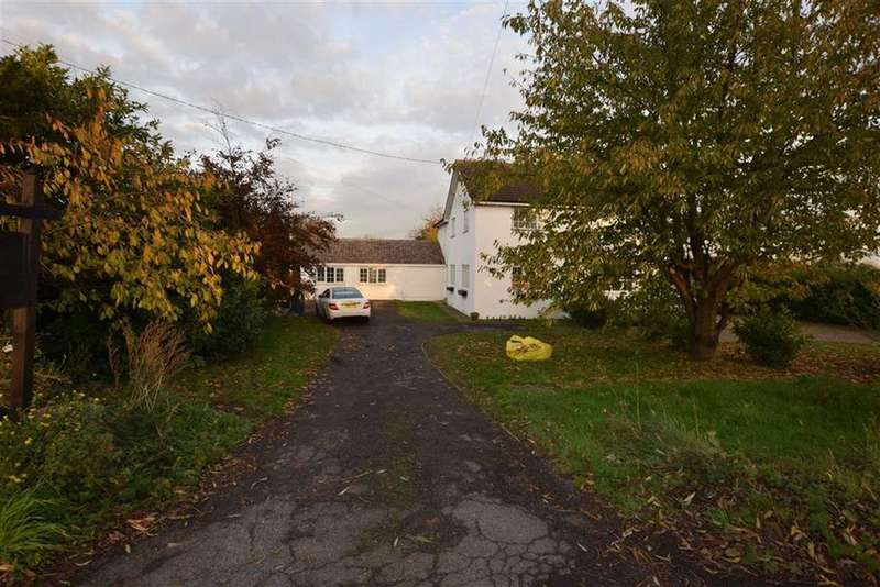 3 Bedrooms Semi Detached House for sale in Horndon Road, Horndon-on-the-hill, Essex