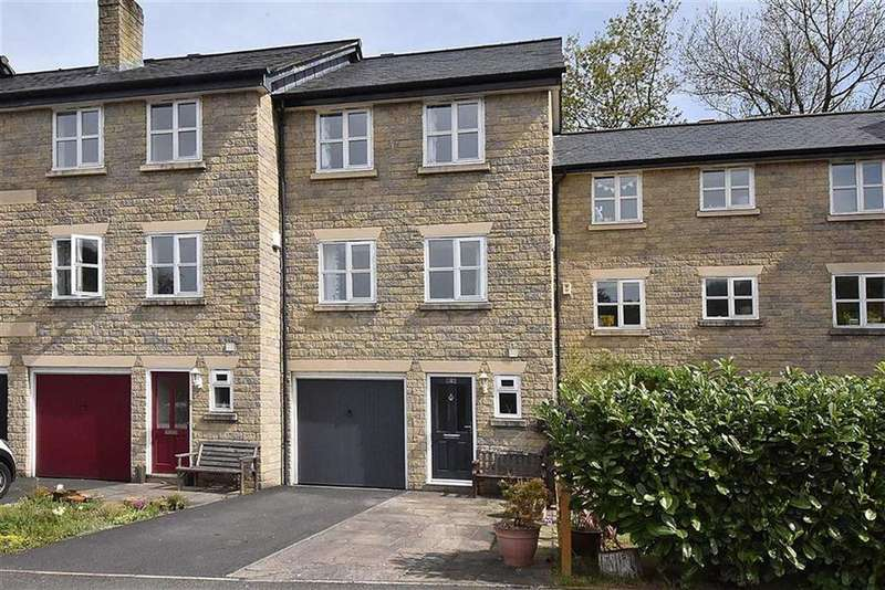 3 Bedrooms Town House for sale in Ingersley Vale, Bollington, Macclesfield