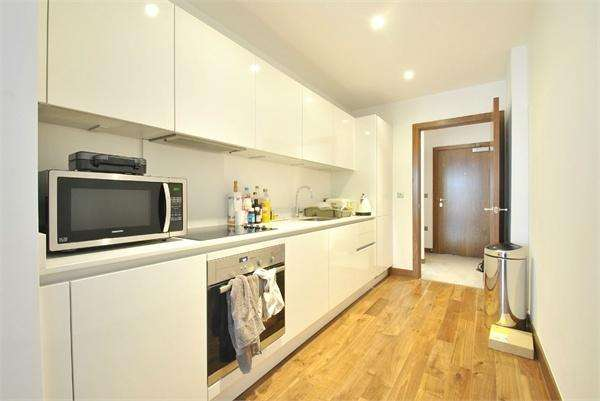 1 Bedroom Flat for sale in Beaufort Court, 65 Maygrove Road, London