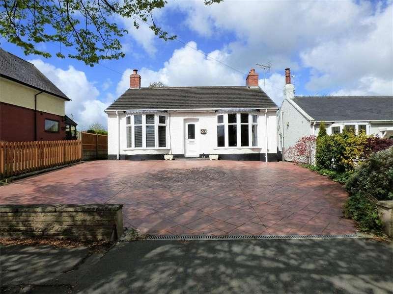 2 Bedrooms Detached Bungalow for sale in Pleckgate Road, BLACKBURN, Lancashire