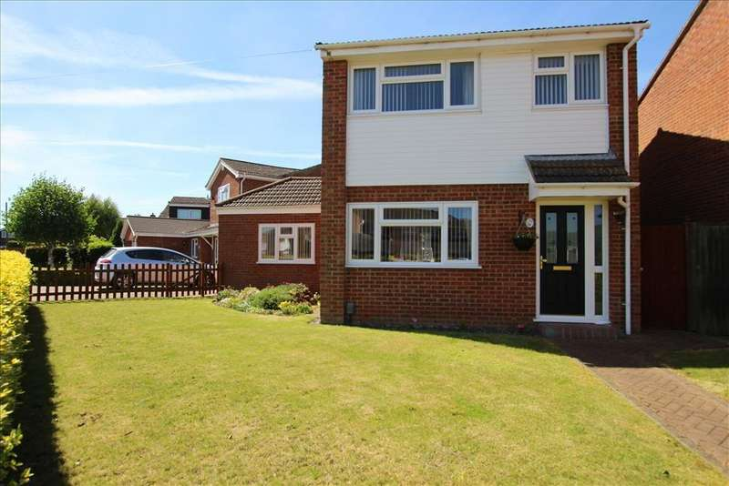3 Bedrooms Detached House for sale in Beech Avenue, Biggleswade, SG18