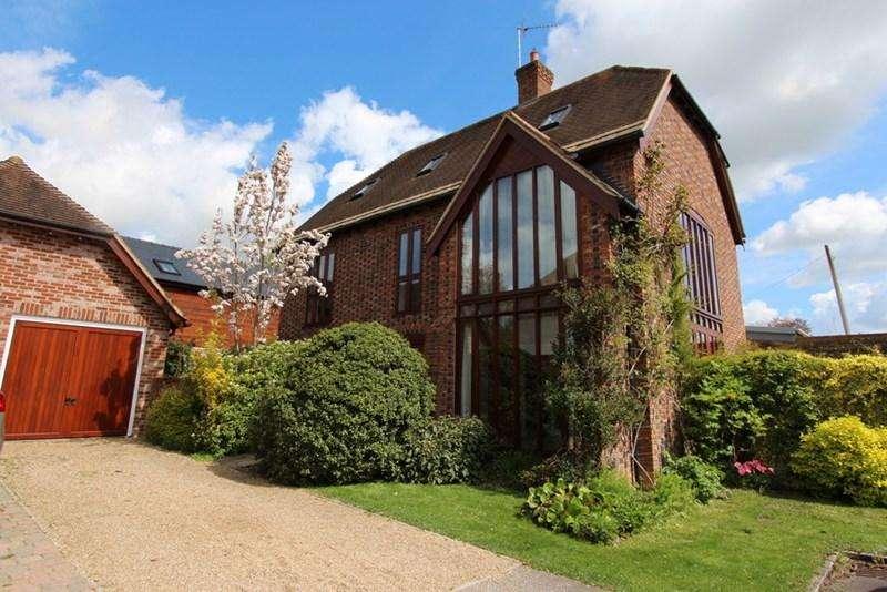 5 Bedrooms Detached House for sale in Pimperne, Blandford Form, Dorset