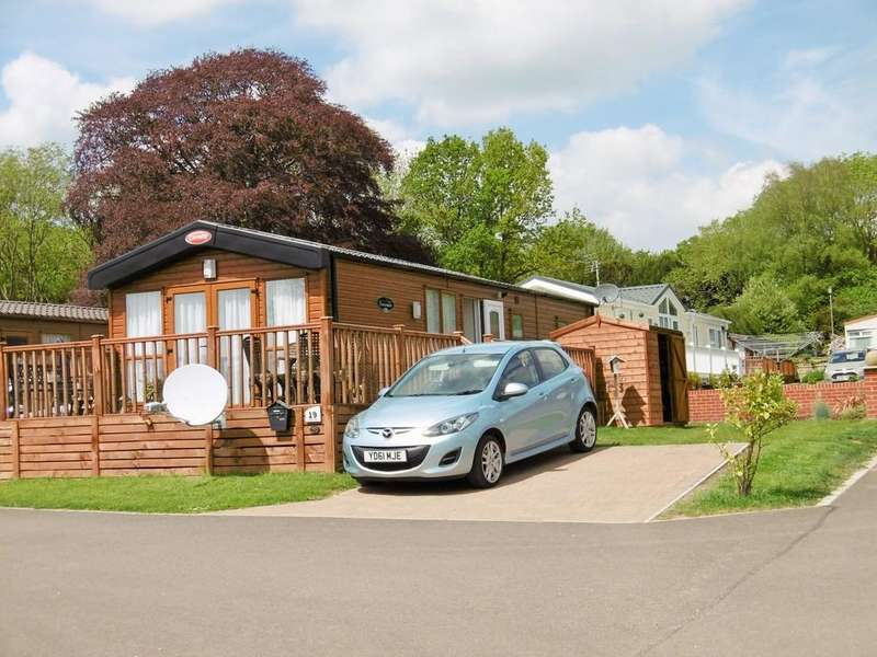 2 Bedrooms Detached Bungalow for sale in Haveringland