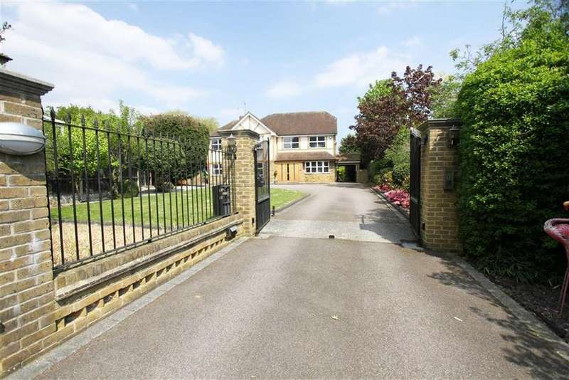 5 Bedrooms Detached House for sale in Noak Hill Road, Billericay