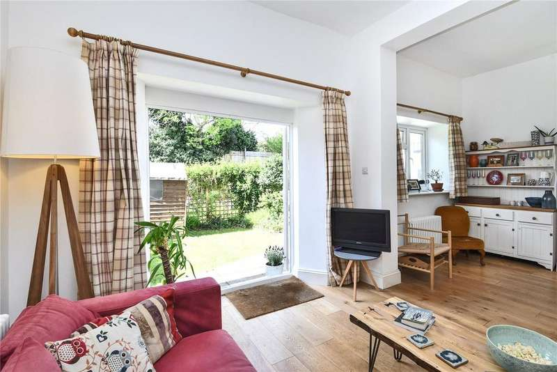 2 Bedrooms Apartment Flat for sale in South Road, Redland, Bristol, Somerset, BS6