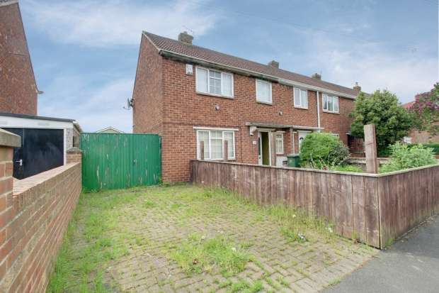 3 Bedrooms Property for sale in Flounders Road, Yarm, Cleveland, TS15 9DY