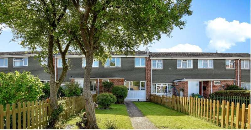3 Bedrooms House for sale in The Whitelands, Thatcham, RG18