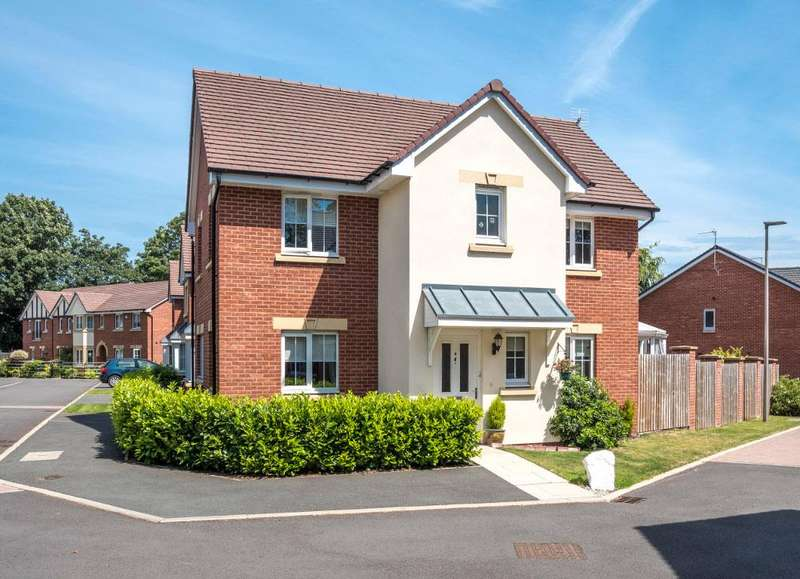 4 Bedrooms Detached House for sale in Stanley Boughey Place, Regents Park, Nantwich