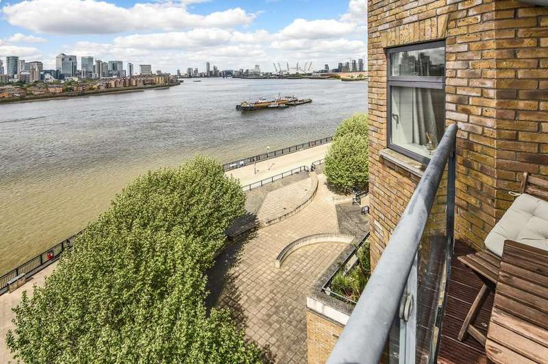 2 Bedrooms Flat for sale in Merchants House Collington Street SE10