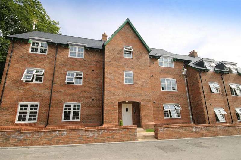2 Bedrooms Apartment Flat for sale in The Wynd, Wynyard, Billingham