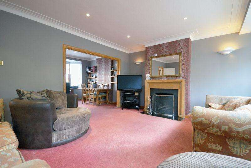 4 Bedrooms Semi Detached House for sale in Copthorne Avenue, SW12
