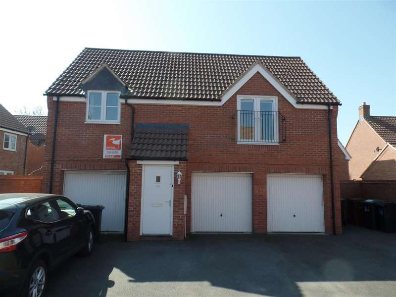 2 Bedrooms Apartment Flat for sale in Bluebell Walk, Witham St Hughs