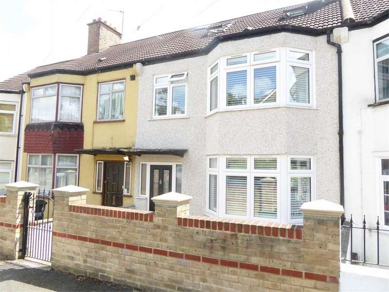 4 Bedrooms Terraced House for sale in Wrights Road, London