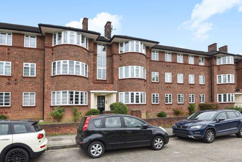 2 Bedrooms Flat for sale in Beaufort Park, London, NW11