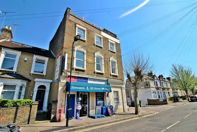 3 Bedrooms Detached House for sale in Glyn Road, London, E5