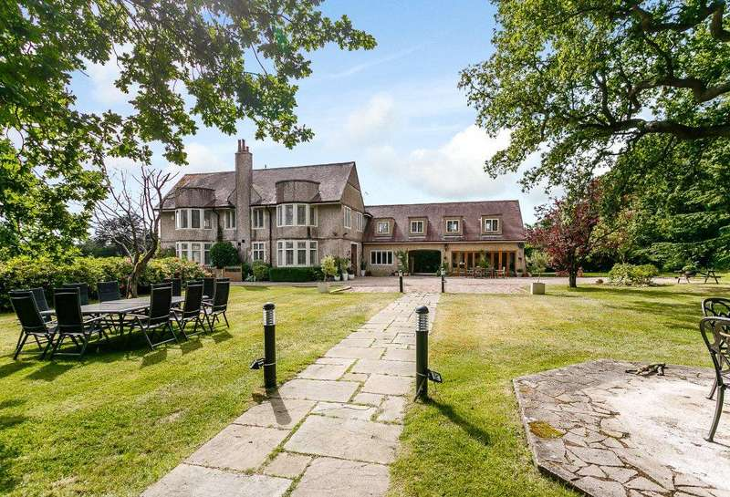 5 Bedrooms House for sale in Mill Lane, Sayers Common, Hassocks, West Sussex