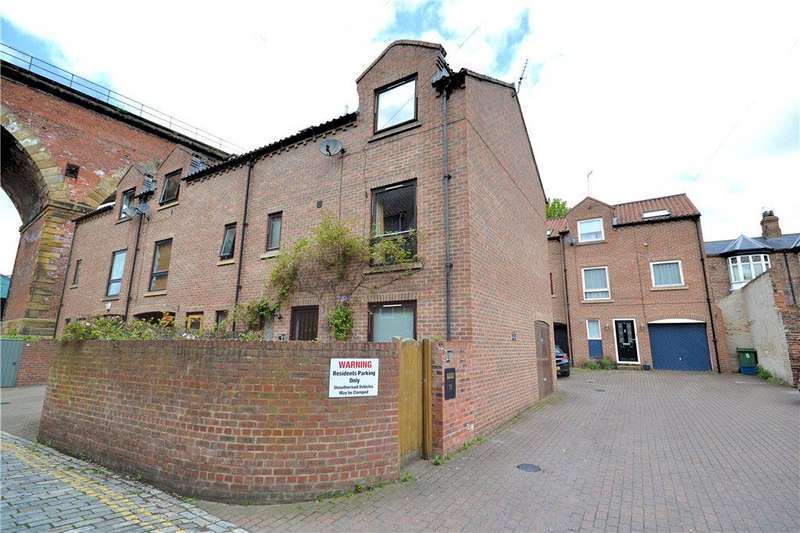 4 Bedrooms End Of Terrace House for sale in Low Church Wynd, Yarm, Stockton On Tees