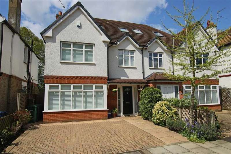 4 Bedrooms Semi Detached House for sale in Oakleigh Gardens, Whetstone, London